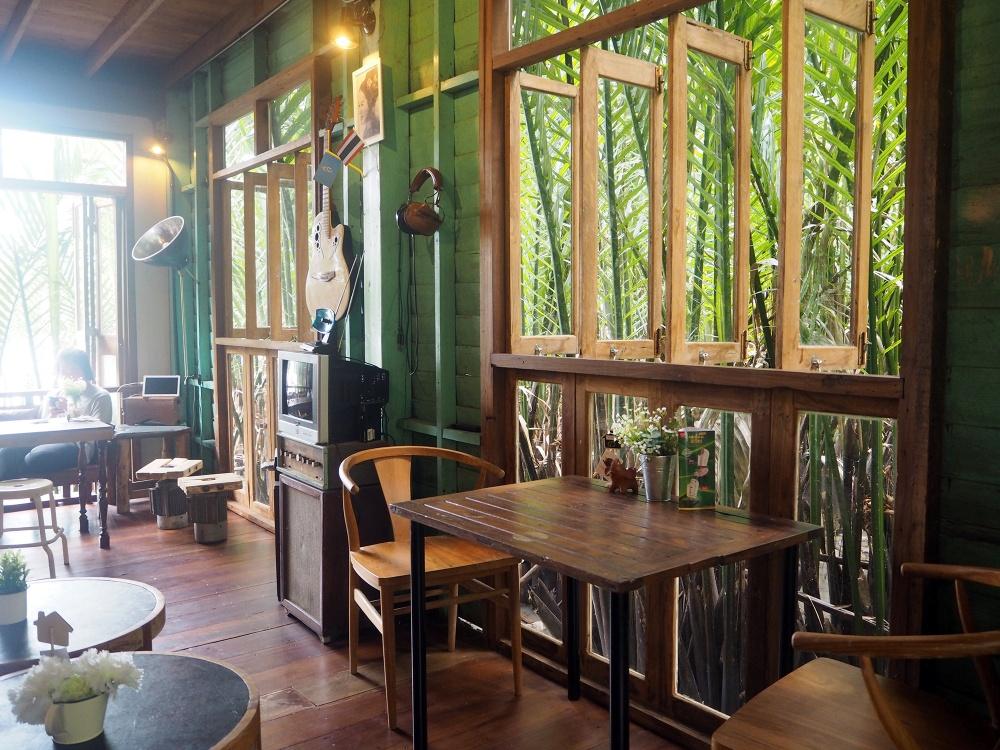 ร้านกาแฟในภูเก็ต